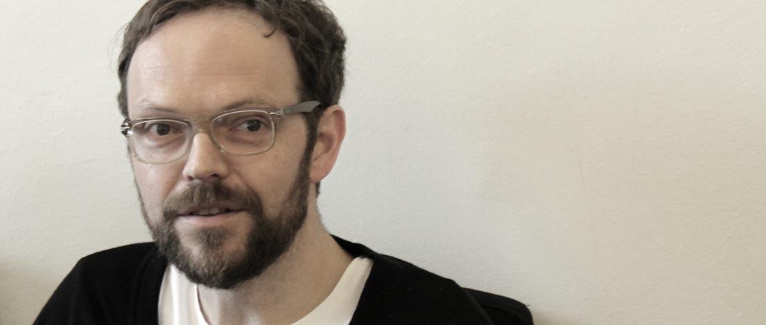 Joachim Schnaitter (Lehrbeauftragter für Typographie an der Höheren Lehranstalt für Grafik und Kommunikationsdesign, Linz).