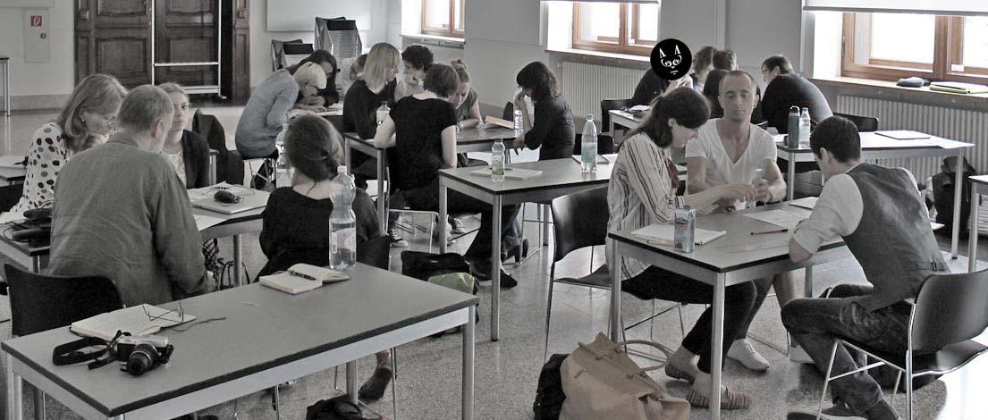 U.a. im Bild: Marion Plückebaum (Grafikdesignerin, Brakel), Anke Adam (ausdruck! Mediengestaltung, Ratingen), Melanie Wiener (Melanie Wiener * Kommunikationsdesign, Berlin), Corinna Reuter (JAKOTA Design Group GmbH, Rostock), Jana Herzberg (Peix Agentur für Design und Kommunikation GmbH, Berlin) und Mara Brigis (Peix Agentur für Design und Kommunikation GmbH, Berlin).