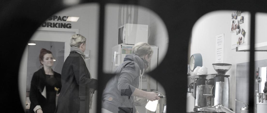 Peggy Stein, AGD (steinzeit-mediendesign, Düsseldorf) und Christine Weiss (relation gmbh design & kommunikation), Köln.