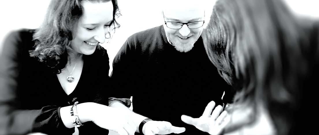 Ann-Katrin Schumann (alvons branding, Hamburg) und Bjoern Musyal (Altigi GmbH, Hamburg). Typoakademie, Seminar »Typografie im Grafik- und Kommunikationsdesign« am 25. April 2016 im Literaturhaus Hamburg. Foto: Wolfgang Beinert, Berlin.